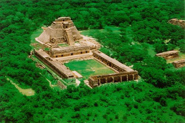 uxmal-maya